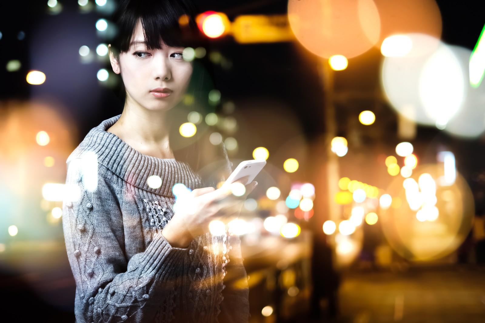 浮気調査の依頼をする前に妻の携帯電話を盗み見する人は意外と多い